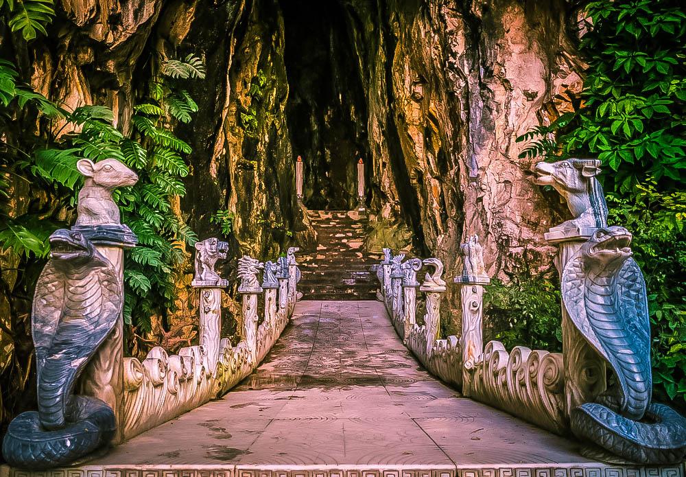 Hang Âm Phủ - Núi Thủy Sơn - Danh thắng Ngũ Hành Sơn